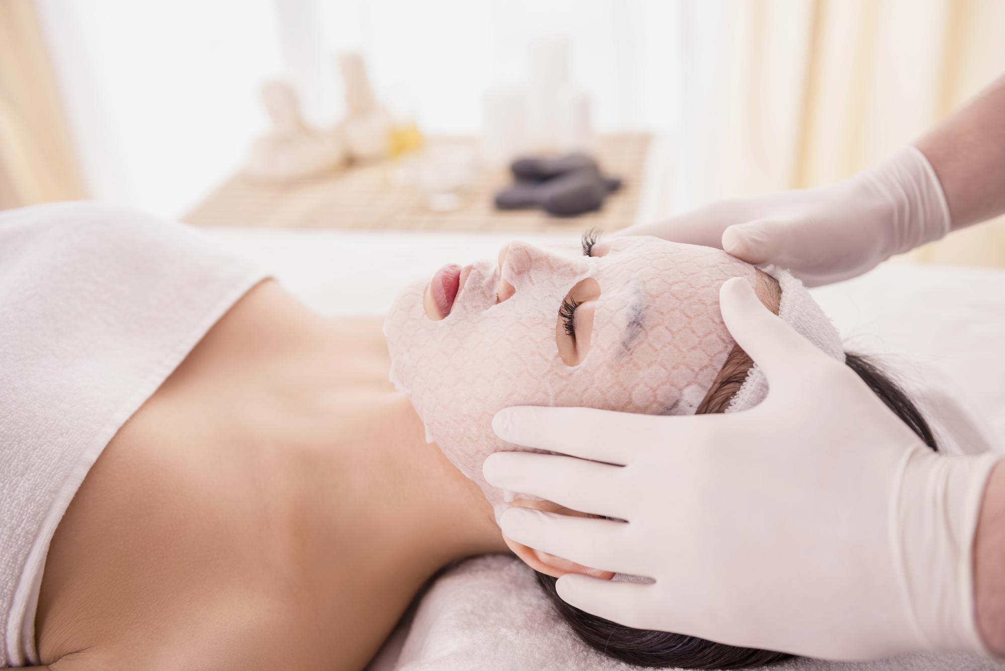 cuidados de la piel de los 20 a los 30